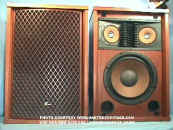Sansui_SP-2500_Speakers_web.jpg (64579 bytes)