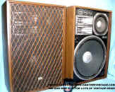 Sansui_SP-X9700_Stereo_Speakers_web.jpg (59608 bytes)