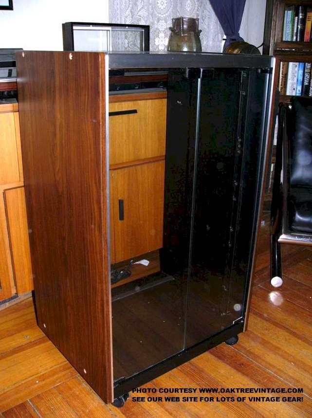 Sansui Audio Stereo Rack Cabinet Web Jpg 65122 Bytes
